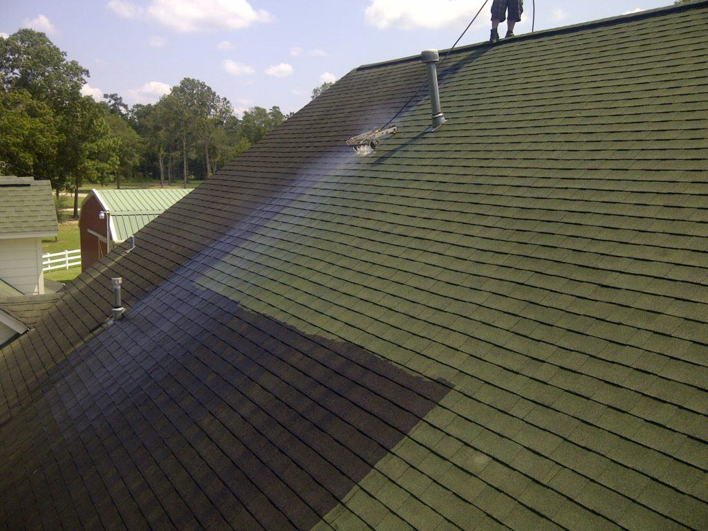 Baytown Roof Cleaning Services